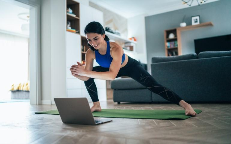 woman doing online yoga